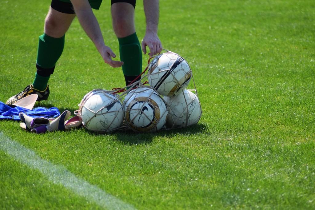 football-1669214_1920