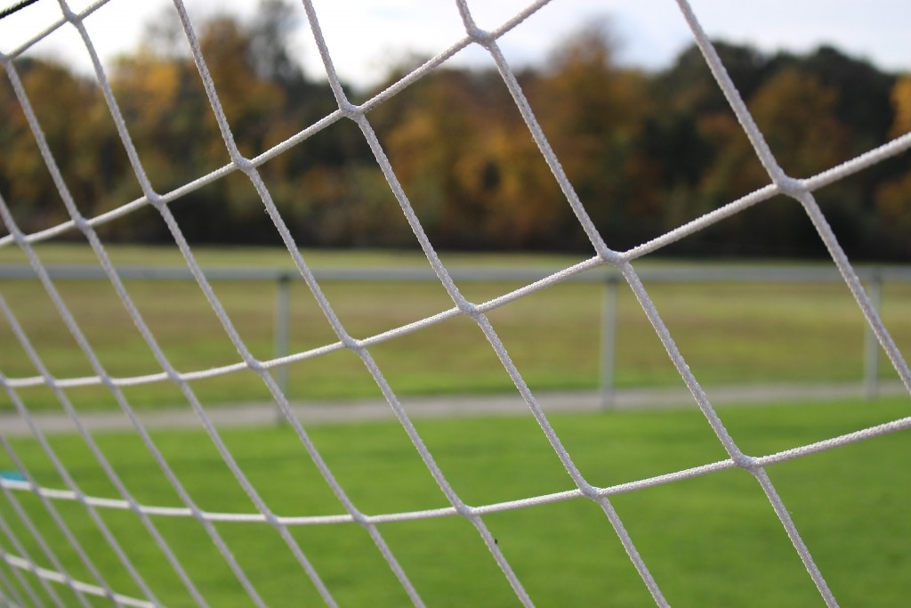 football-pitch-1786563_1920