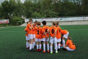 E1 gewinnt 10:2 gegen SC Neheim